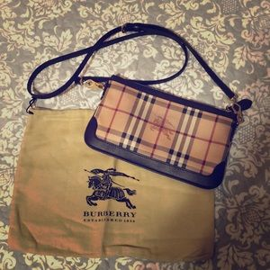 Burberry clutch/crossbody